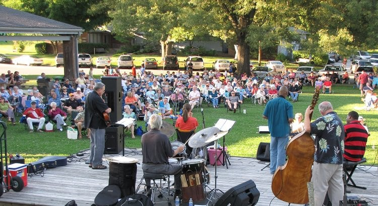 CONCERTS ON THE COMMONS